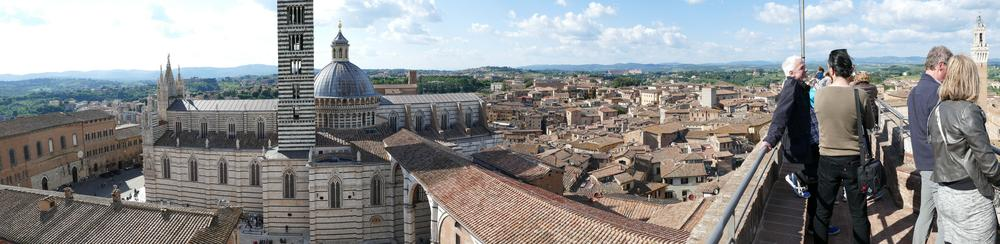 A panorama from the expansion wall showing the Siena cathedral and the wall we were standing on.