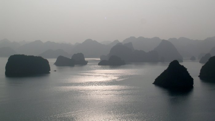 Halong silhouette.