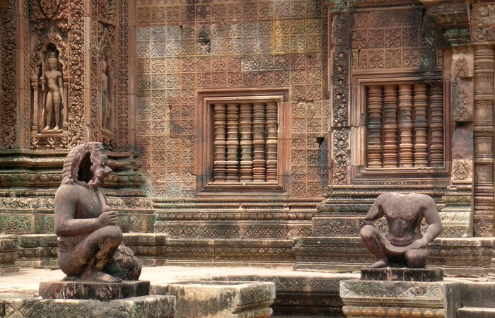 The detailed carvings of Banteay Srei